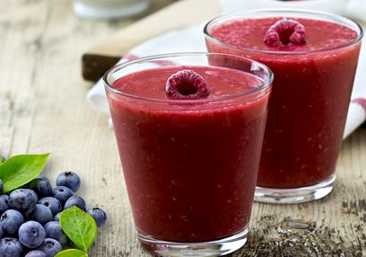 Raspberry & Blueberry Smoothie with Coconut Milk