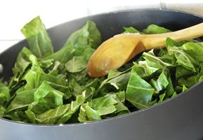 Boiling, steaming or wilting Spinach