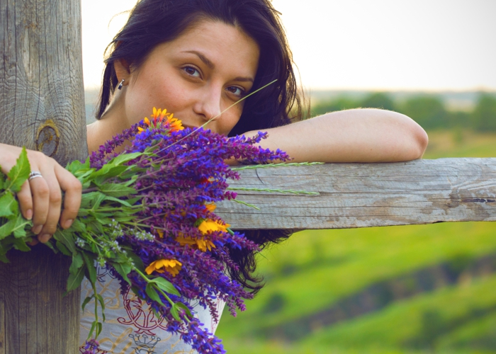How Sage and Vitex can help ease symptoms of menopause and perimenopause.
