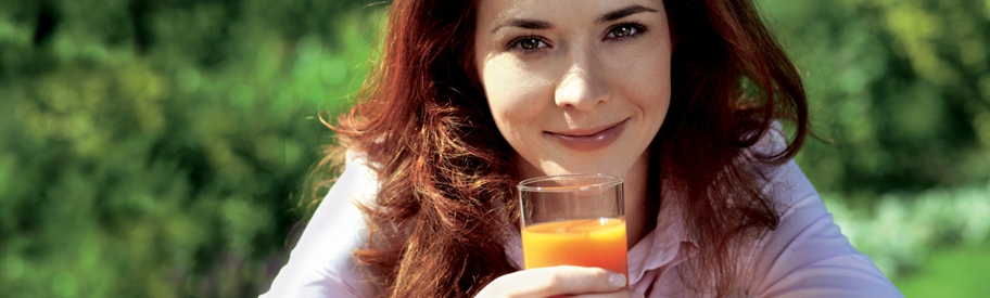 8 Reasons Why You Should Drink Carrot Juice