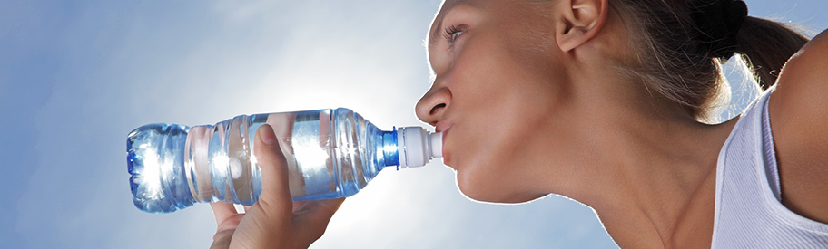 How does dehydration affect your eyes?